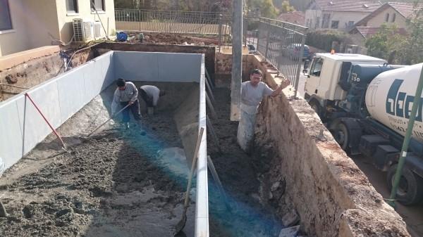 בניית בריכת שחיה פרטית במסילת ציון