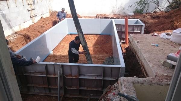 בריכות טל - בניית בריכות שחייה בתל מונד