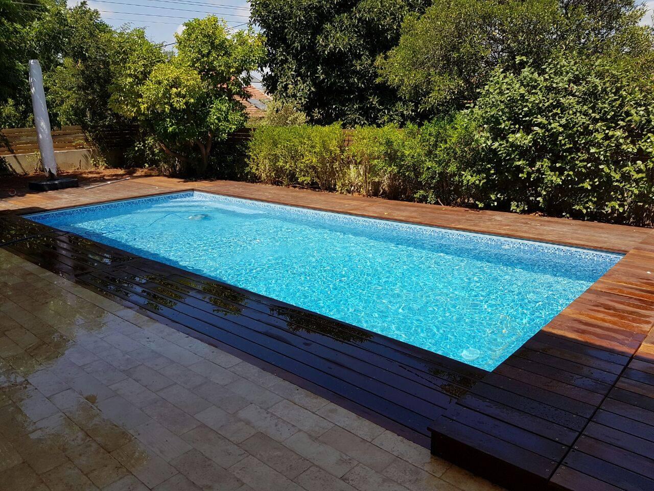 בניית בריכות שחייה פרטיות